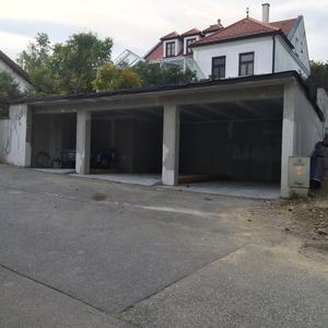 baumeister marta angerer architektin referenzen carport mit gr ndach in donnerskirchen. Black Bedroom Furniture Sets. Home Design Ideas